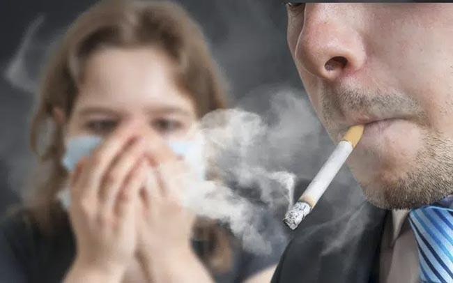 Khói thuốc lá có thể là nguyên nhân gây nên bệnh tiểu đường
