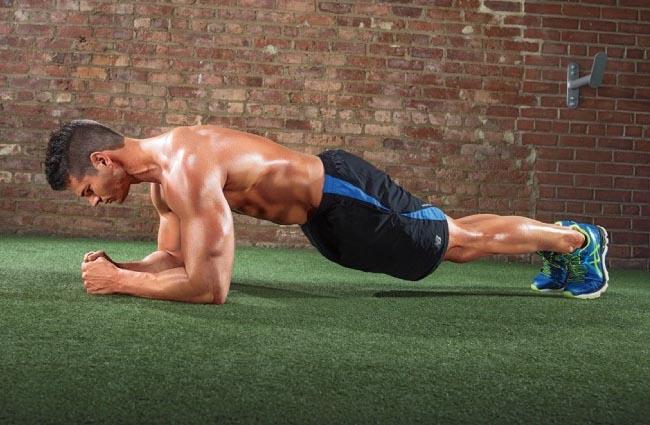 Tập plank chống lại tình trạng xuất tinh sớm
