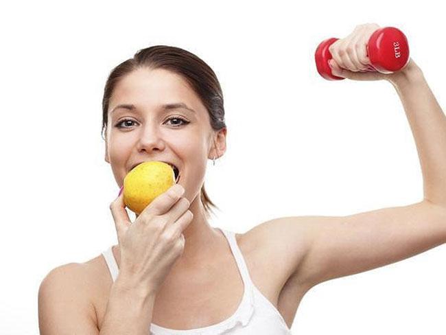 Tập thể dục trước khi ăn sáng tăng cường đốt cháy mỡ thừa