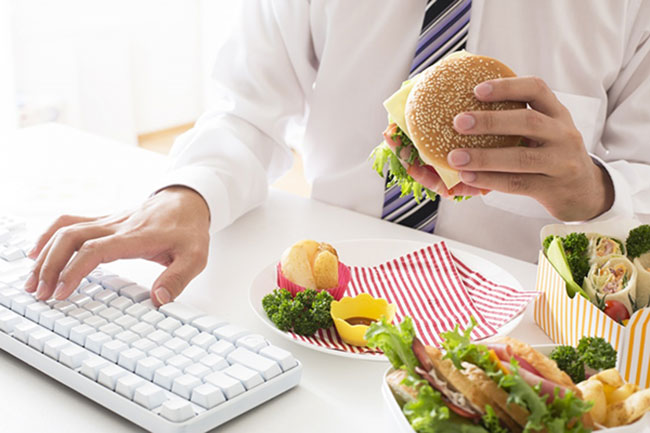 Ăn uống thiếu khoa học làm suy giảm chức năng sinh lý