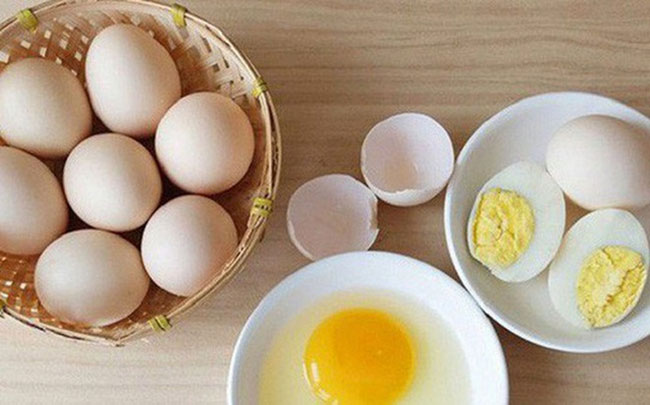 Trong điều trị xuất tinh sớm nên sử dụng trứng gà sống hay chín?