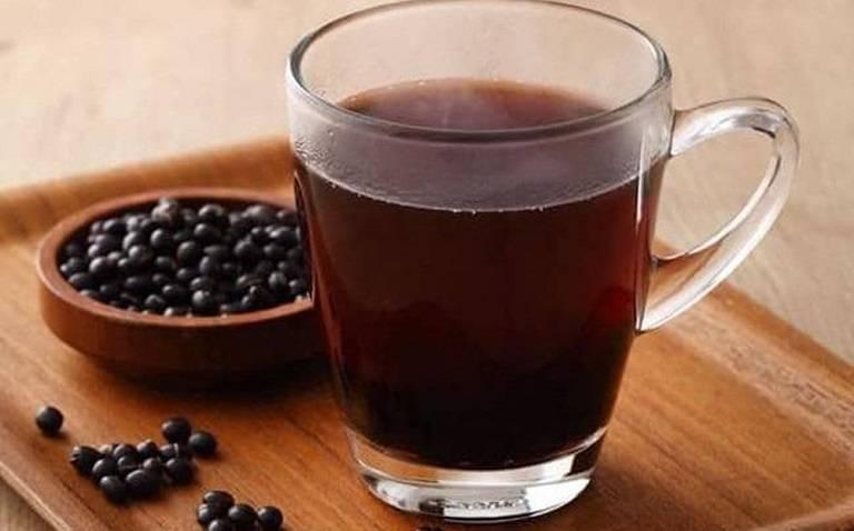 Bị bệnh gout uống nước đậu đen có được không