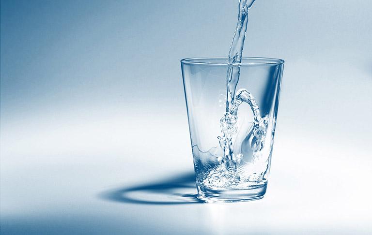 bệnh gut nên uống nước gì